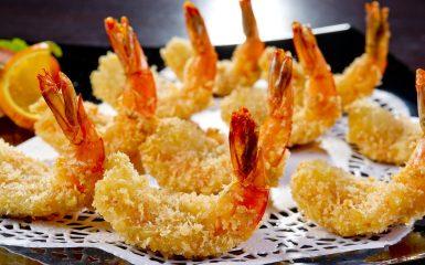 Tiigerkreveti-tempura idamaise kastmega